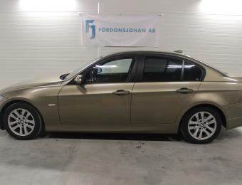 BMW 320i Sedan Comfort -06