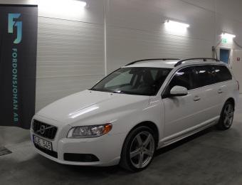 Volvo V70 D3 Momentum -12