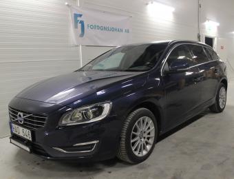 Volvo V60 D5 AWD -14